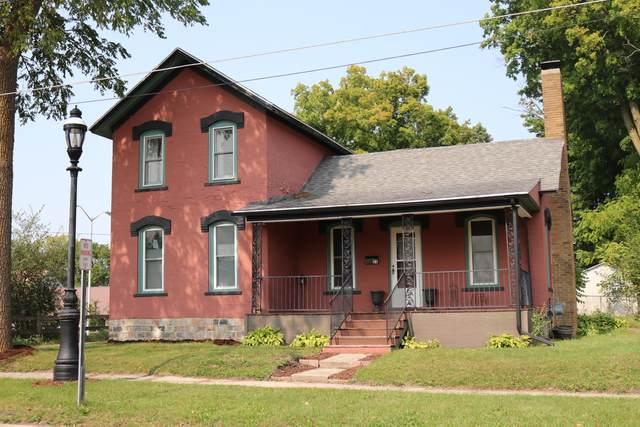 25 E Dayton Street, Fremont, MI 49412 (MLS #20038698) :: Keller Williams RiverTown