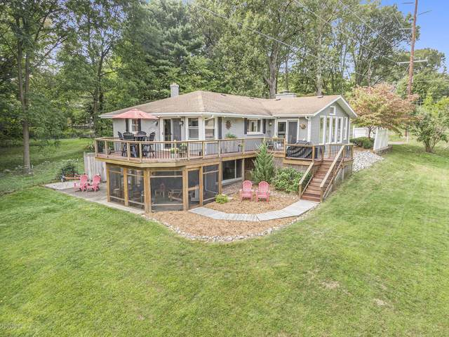 2327 Lorraine Avenue, Kalamazoo, MI 49008 (MLS #20038708) :: Jennifer Lane-Alwan