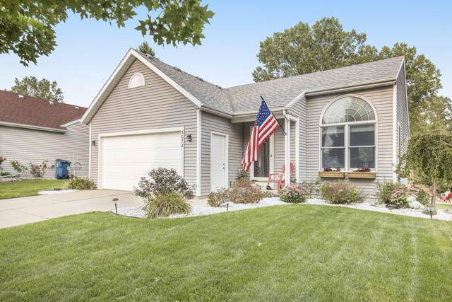 3072 Roberts Way, Holland, MI 49424 (MLS #20038712) :: Ginger Baxter Group
