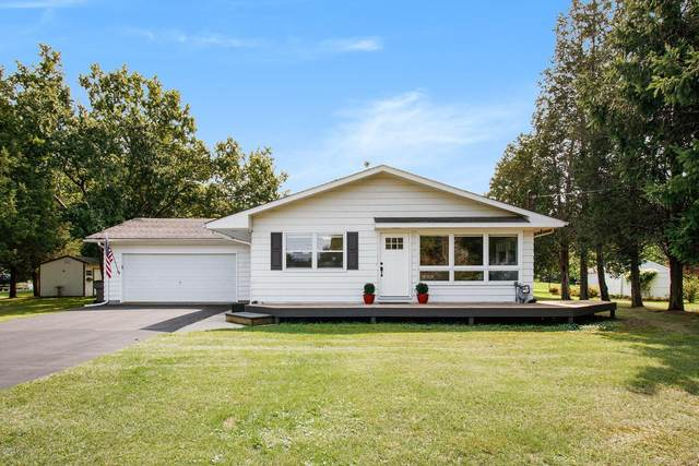 123 Jefferson, New Buffalo, MI 49117 (MLS #20038723) :: JH Realty Partners
