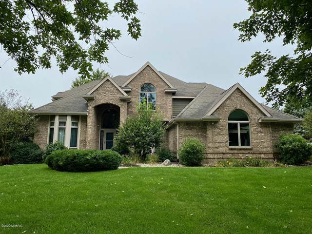 2163 Cross Country Drive, Kalamazoo, MI 49009 (MLS #20038739) :: JH Realty Partners