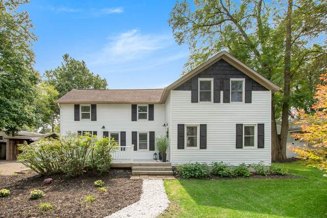 6154 Burton, Grand Rapids, MI 49546 (MLS #20038746) :: Ron Ekema Team