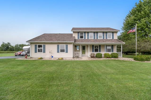 1095 N 37th Street, Galesburg, MI 49053 (MLS #20038759) :: Ron Ekema Team