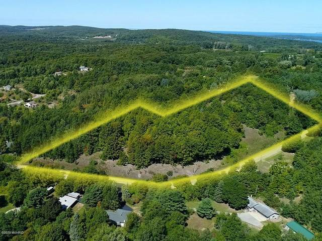 0000 Eden Hill Road, Beulah, MI 49617 (MLS #20038774) :: Deb Stevenson Group - Greenridge Realty
