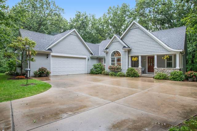 4597 Highwood Circle, Kalamazoo, MI 49048 (MLS #20038777) :: Ron Ekema Team