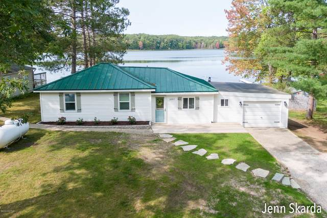 3957 Cleveland Drive W, Bitely, MI 49309 (MLS #20038778) :: Ginger Baxter Group