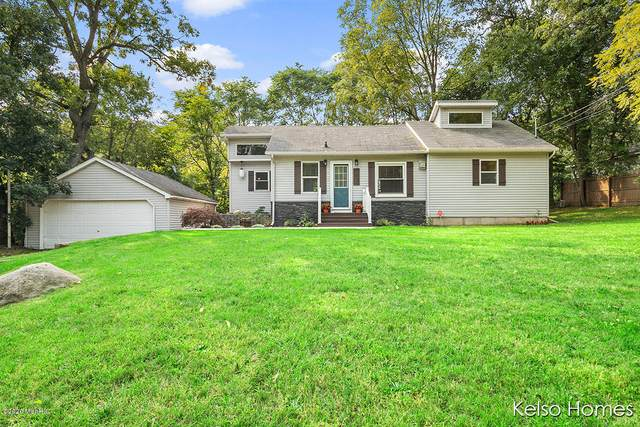 1800 Kreft Street NE, Grand Rapids, MI 49525 (MLS #20038780) :: JH Realty Partners