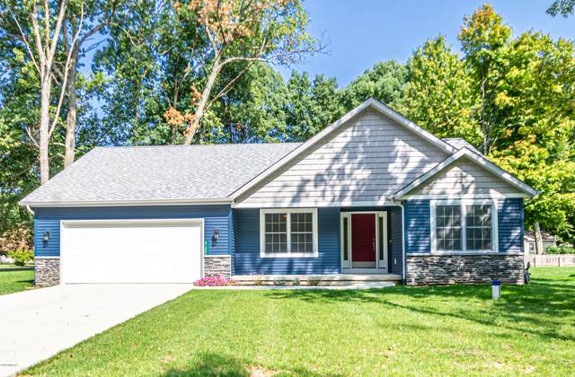 21602 Maple Glen Circle, Edwardsburg, MI 49112 (MLS #20038829) :: JH Realty Partners