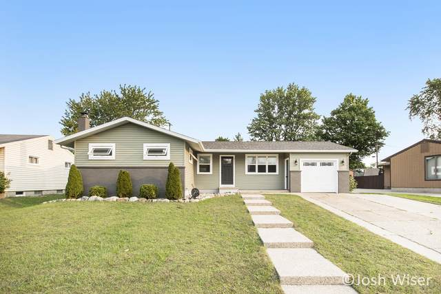 2173 Daylor Drive NE, Grand Rapids, MI 49525 (MLS #20038848) :: JH Realty Partners