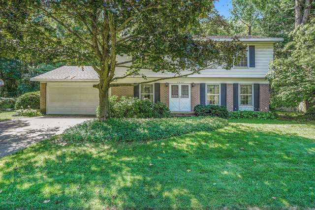 2828 Manitou Drive NE, Grand Rapids, MI 49525 (MLS #20038853) :: JH Realty Partners