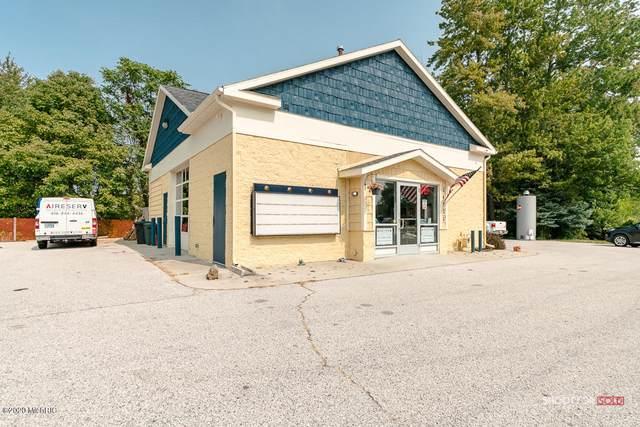 14721 Cleveland Street, Spring Lake, MI 49456 (MLS #20038943) :: Ron Ekema Team