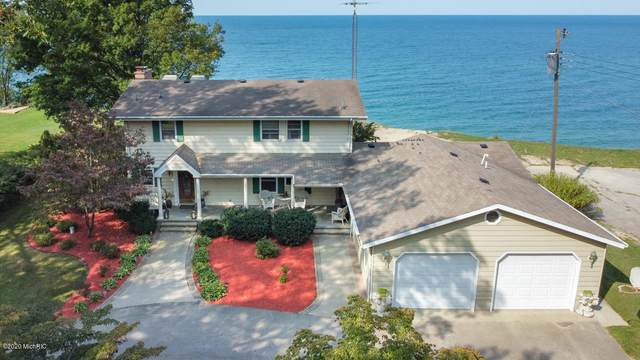 2450 Birch Path, St. Joseph, MI 49085 (MLS #20039020) :: Deb Stevenson Group - Greenridge Realty