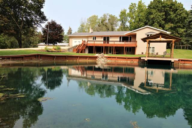 4300 W Meyering Road, Mcbain, MI 49657 (MLS #20039081) :: JH Realty Partners