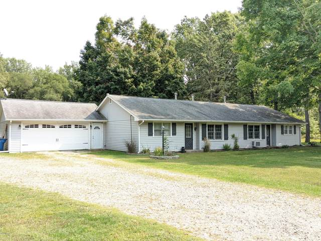 827 N Union City Road, Coldwater, MI 49036 (MLS #20039228) :: Ginger Baxter Group