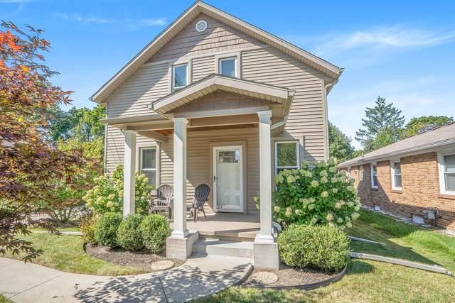 1405 Plymouth Avenue SE, Grand Rapids, MI 49506 (MLS #20039253) :: CENTURY 21 C. Howard