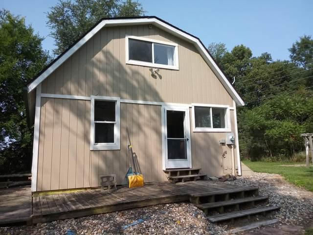 55322 Territorial Road, Decatur, MI 49045 (MLS #20039289) :: JH Realty Partners