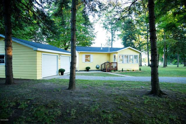 23275 River Run Road, Mendon, MI 49072 (MLS #20039303) :: Ginger Baxter Group