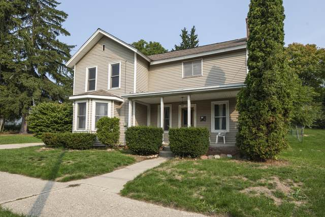 110 W Pine Street, Big Rapids, MI 49307 (MLS #20039310) :: JH Realty Partners