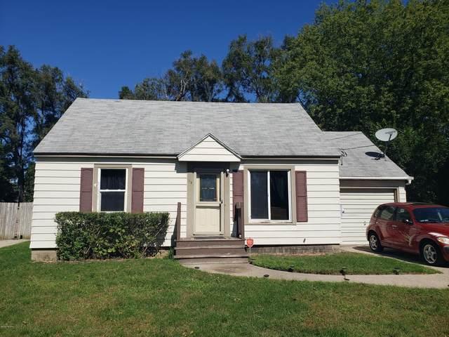145 41st Street SW, Wyoming, MI 49548 (MLS #20039341) :: CENTURY 21 C. Howard