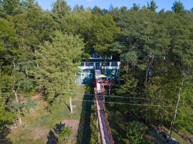 38 N Beach Street, Pentwater, MI 49449 (MLS #20039352) :: Deb Stevenson Group - Greenridge Realty