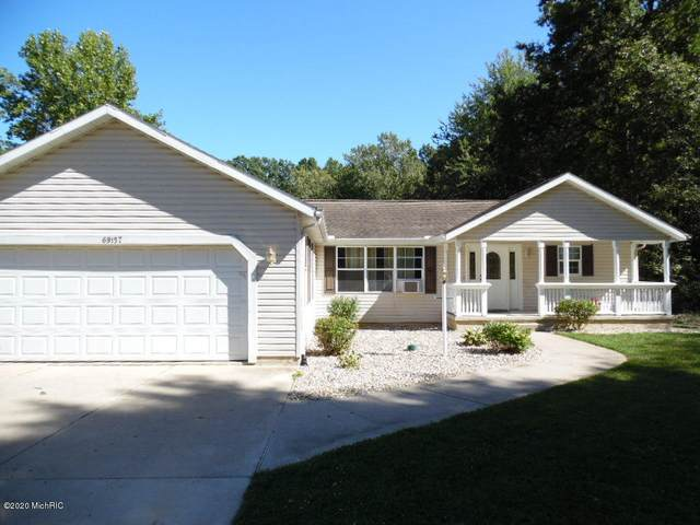 69157 Country Trace, Edwardsburg, MI 49112 (MLS #20039395) :: JH Realty Partners