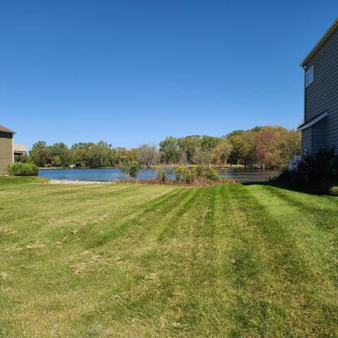 2227 Riverside Pointe Drive #11, St. Joseph, MI 49085 (MLS #20039455) :: JH Realty Partners