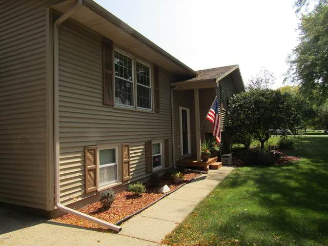 501 Burch, Schoolcraft, MI 49087 (MLS #20039456) :: Ron Ekema Team