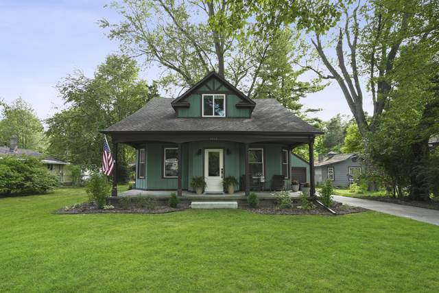 2006 W 32nd Street, Holland, MI 49423 (MLS #20039514) :: Ginger Baxter Group