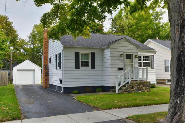 1335 Ferry Street, Niles, MI 49120 (MLS #20039600) :: Ron Ekema Team