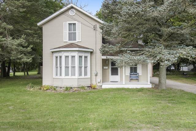 620 S Farmer Street, Otsego, MI 49078 (MLS #20039729) :: Ron Ekema Team