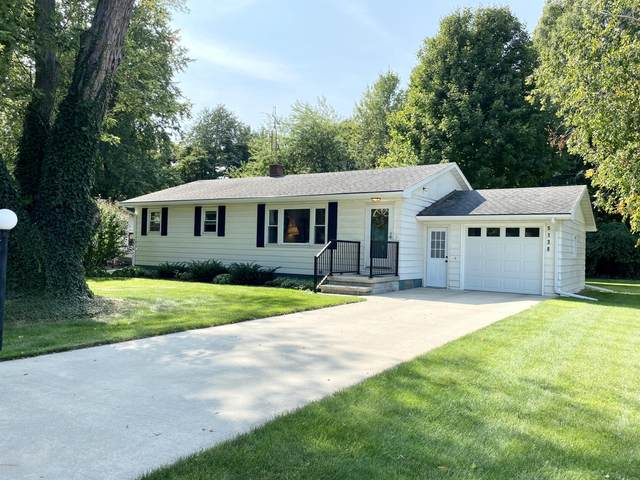 5138 W Donna Drive, Stevensville, MI 49127 (MLS #20039779) :: JH Realty Partners