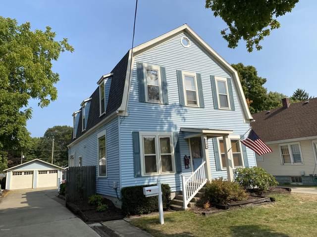 709 Lee Street, South Haven, MI 49090 (MLS #20039799) :: JH Realty Partners