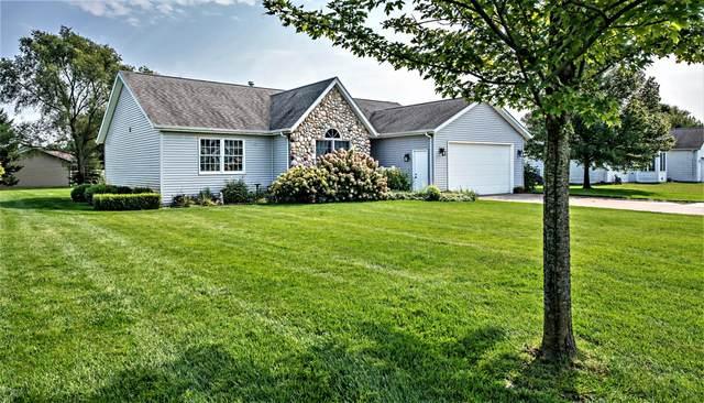 3005 Maplewood Street, Benton Harbor, MI 49022 (MLS #20039827) :: Ginger Baxter Group