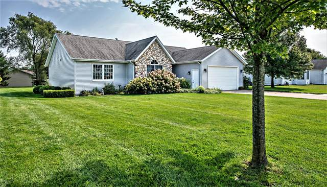3005 Maplewood Street, Benton Harbor, MI 49022 (MLS #20039827) :: JH Realty Partners