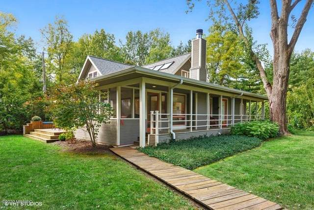 10111 Townline Road A, Union Pier, MI 49129 (MLS #20039862) :: Ginger Baxter Group