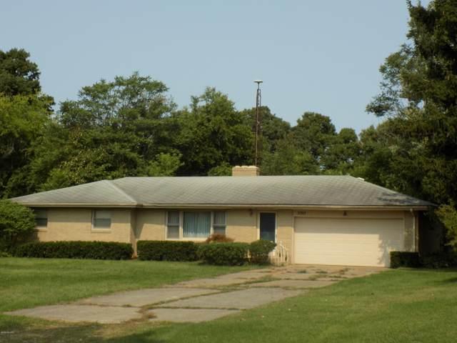 3747 E Empire Avenue, Benton Harbor, MI 49022 (MLS #20039873) :: Keller Williams RiverTown