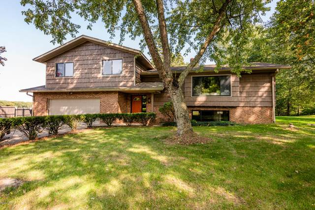 8815 S Bluffview Drive, Berrien Springs, MI 49103 (MLS #20039886) :: Keller Williams RiverTown