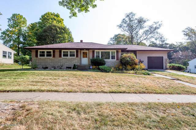 318 Ferguson Road, Marshall, MI 49068 (MLS #20039962) :: JH Realty Partners