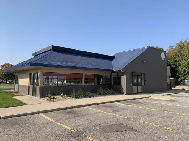3651 E Cork Street, Kalamazoo, MI 49001 (MLS #20039968) :: JH Realty Partners