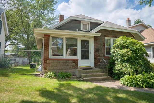 211 Butler Street, Michigan City, IN 46360 (MLS #20040082) :: JH Realty Partners