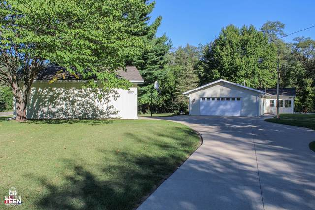 63599 Youngs Prairie Road, Constantine, MI 49042 (MLS #20040141) :: JH Realty Partners