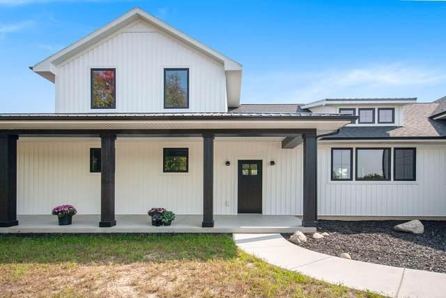 14050 Connor Farms Court NE, Cedar Springs, MI 49319 (MLS #20040251) :: JH Realty Partners