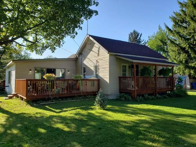 15661 Bass Lake Avenue NE, Gowen, MI 49326 (MLS #20040371) :: CENTURY 21 C. Howard