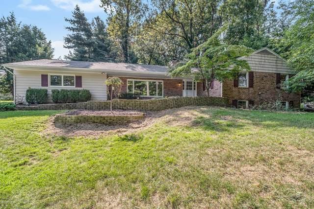 3411 Pine Grove Lane, Kalamazoo, MI 49008 (MLS #20040385) :: Ginger Baxter Group