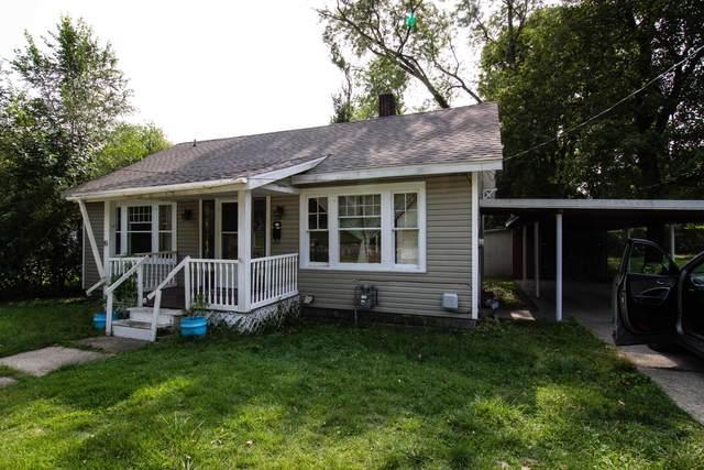 411 Chestnut Street, Dowagiac, MI 49047 (MLS #20040410) :: Keller Williams RiverTown