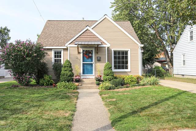 267 W 16th Street, Holland, MI 49423 (MLS #20040500) :: Deb Stevenson Group - Greenridge Realty
