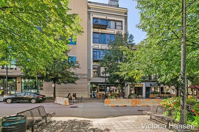 49 Monroe Center Street NW #7, Grand Rapids, MI 49503 (MLS #20040612) :: JH Realty Partners