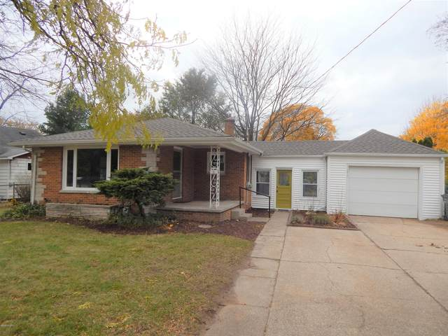 3275 Mc Cracken Street, Norton Shores, MI 49441 (MLS #20040629) :: JH Realty Partners