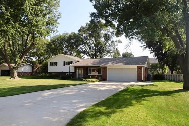 2596 Lake Bluff Terrace, St. Joseph, MI 49085 (MLS #20040643) :: Keller Williams RiverTown
