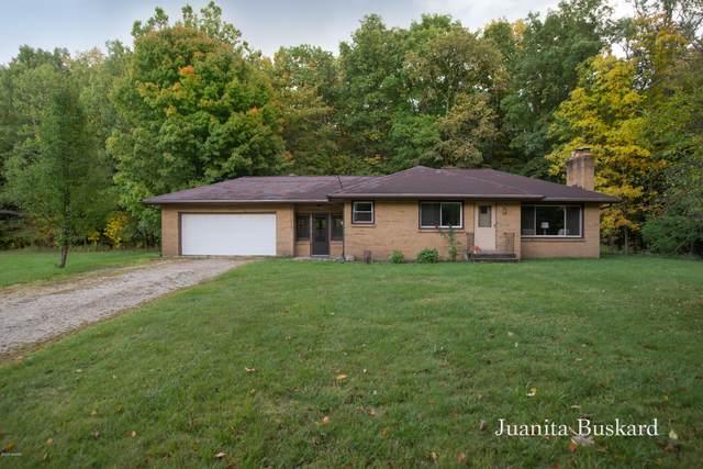 1620 Wilson Avenue NW, Grand Rapids, MI 49534 (MLS #20040747) :: Ginger Baxter Group
